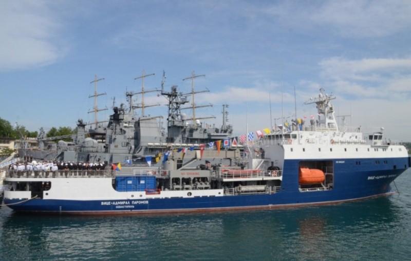«Вице-адмирал Паромов» вышел в море для выполнения курсовой задачи К-2