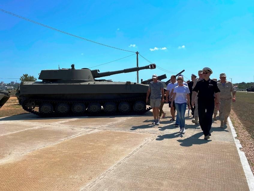 Командующий ЧФ проверил готовность к проведению форума «Армия-2021»
