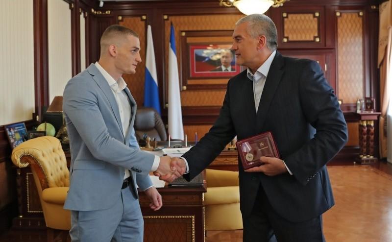 Глава Крыма наградил бронзового призера Олимпийских игр