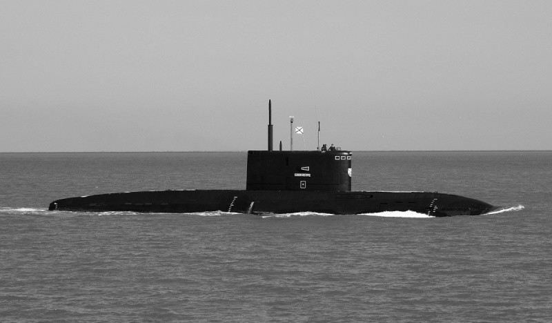 Экипаж подводной лодки «Великий Новгород» выполнил торпедные стрельбы