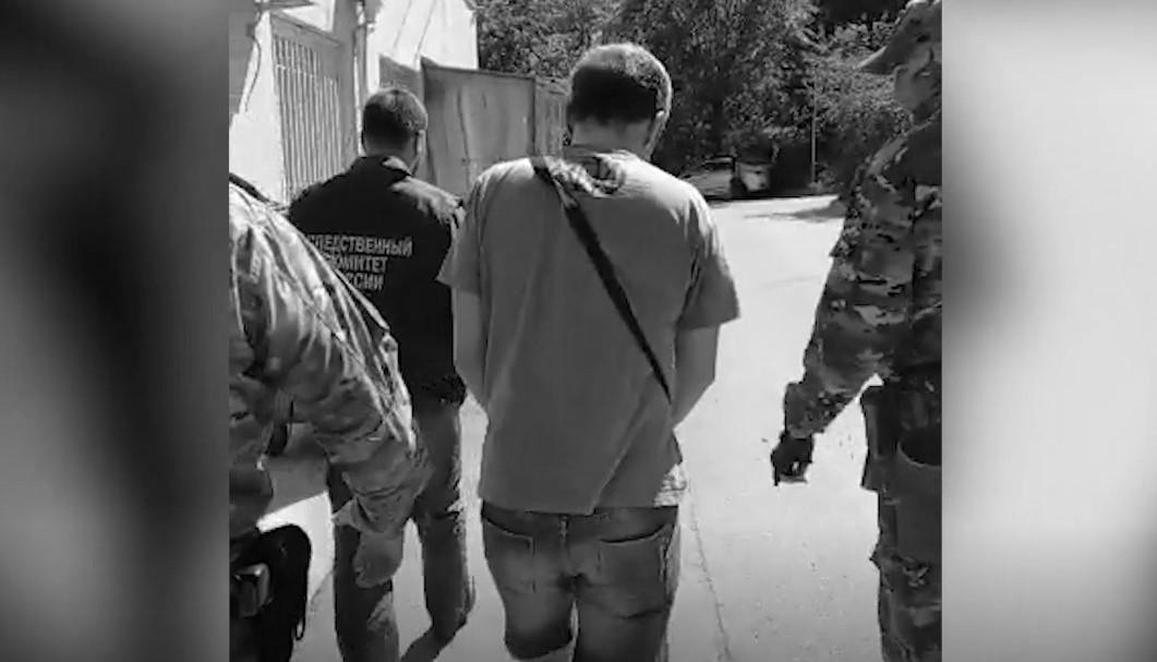 Жителя Севастополя подозревают в растлении несовершеннолетних в соцсетях