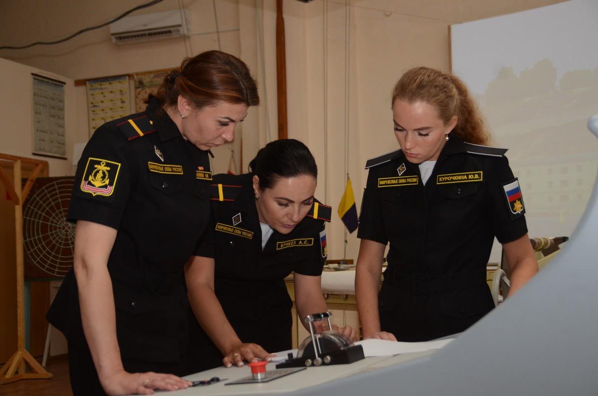 Женский экипаж патрульного катера ЧФ примет участие в Главном военно-морском параде