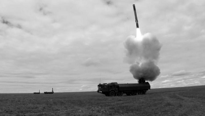 Расчеты береговых ракетных комплексов уничтожили учебные цели в Черном море