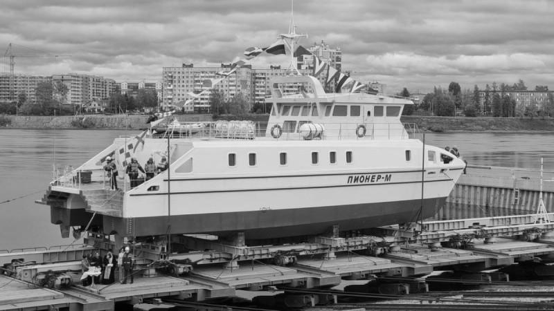 В Санкт-Петербурге спустили на воду научно-исследовательское судно для СевГУ