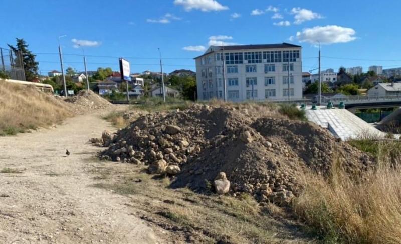 Прокуратура Севастополя проверила законность размещения грунта на территории Карантинной балки