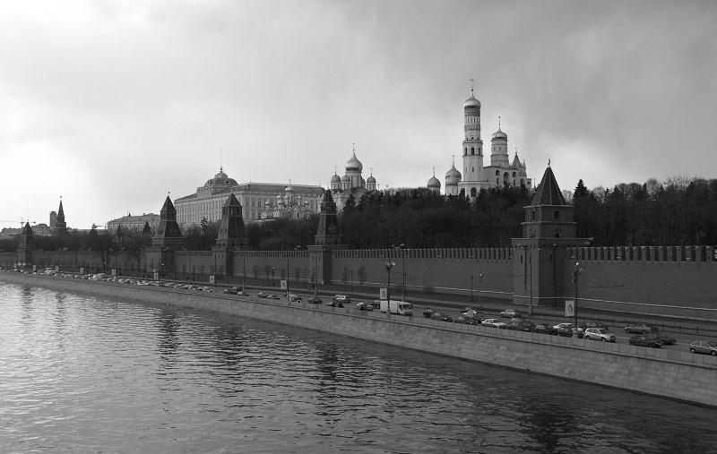 Губернатор Севастополя поздравил Москву с Днем города