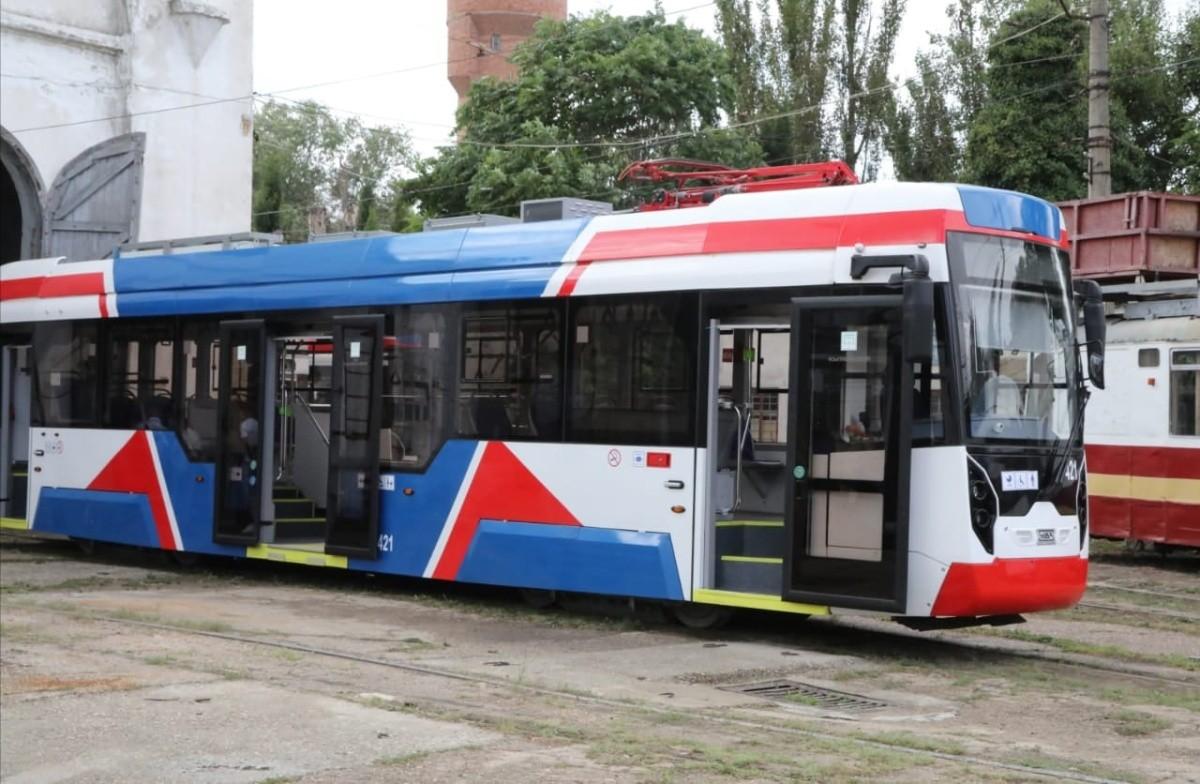В Евпатории идет обновление трамвайного парка