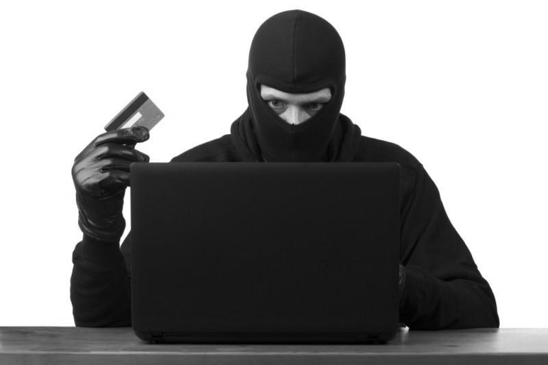 В Крыму полицейские продолжают фиксировать факты дистанционных мошенничеств