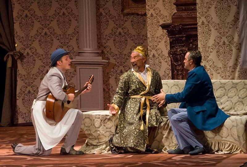 В Севастополе показали спектакль «Счастье у каждого свое»